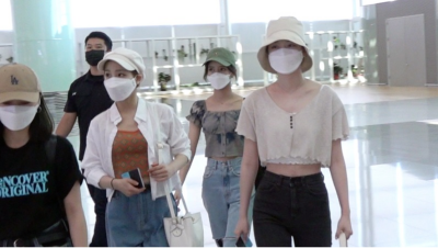 NiziUメンバー空港画像